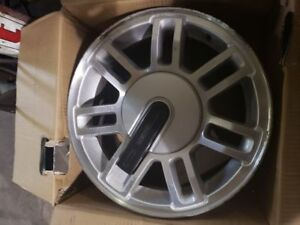 Hummer H1 Wheels Tires