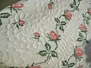 Hardly Ever Used Vintage Cross Stitch Emb Roses Quilt 80x94 Freshly Laundered