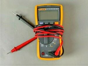 Fluke 117 True Rms Digital Multimeter With Clamps leads