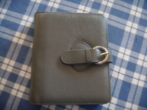 Compact Size Companion To The Grey Leather Franklin Covey Open latch Lock