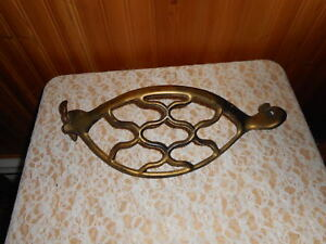 Antique Singer Treadle Sewing Machine Cast Iron Fly Wheel Belt Guard