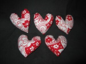 Primitive Valentine Heart Bowl Fillers Red And White Set Of 5