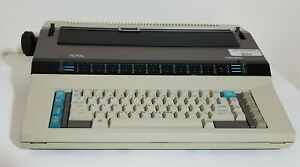 Vintage Ta Royal Beta 8100 Electric Typewriter Working