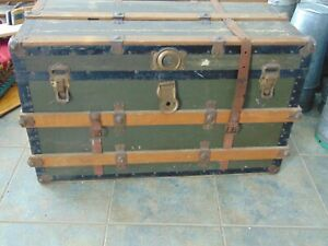 Vintage Antique Trunk Chest Nice 7042