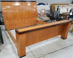 Hickory White Mcm Mid Century Modern Wood King Size Bed Frame With Tv Platform