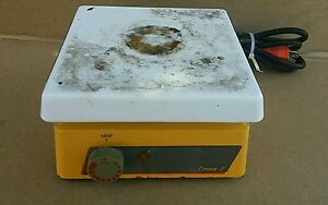 Thermolyne Cimarec 2 Hot Plate 7x7 Model Hp46825 Tested