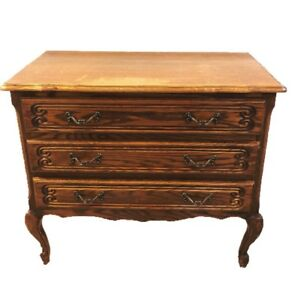 Vintage French Oak Louis Xv Chest Of Drawers Commode Dresser Vanity 3 Drawers