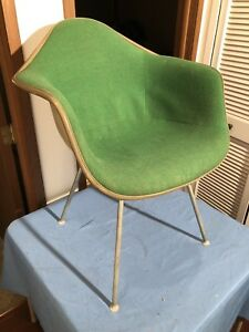 Herman Miller Chair Fiberglass Shell Arm Base Modern Mid Century Swag Seat Green