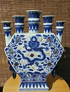 Chinese Qing Dynasty Beautiful Blue White Five Finger Dragon Porcelain Vase Rare
