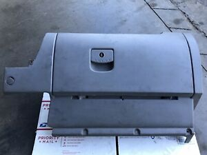 1998 2010 Vw Volkswagen Beetle Glove Compartment Box Assembly Oem Grey J2603