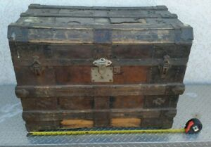 Shabby Vintage Antique Flat Top Wood Slat Steamer Trunk 30 X22 X18 Needs Tlc