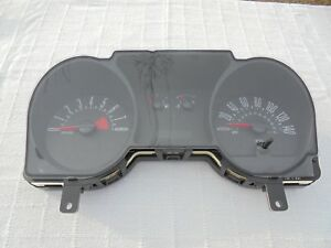 2006 Ford Mustang Gt V8 140 Mph Factory Speedometer Oem Ford 6r33 10849 Cd Oem