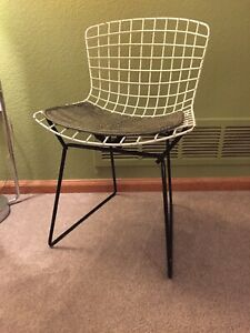 Vintage Knoll Bertoia Midcentury Modern White Wire Child S Chair W Checked Pad