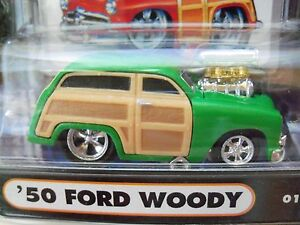Muscle Machines 1950 50 Ford Woody Green Supercharged 164 Diecast Model