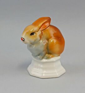 Porcelain Figurine Paperweight Rabbit Seated Ens 3 7 8x2 13 16x4 5 16in 9941257