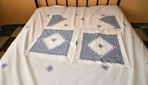 Antique Coverlet Bedspread In White Canvas Moroccan Embroidery 3 Pillows