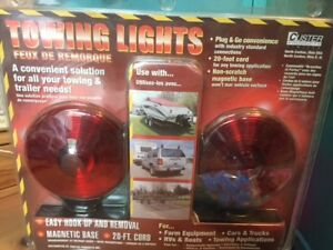 Custer Incandescent Magnetic Towing Lights In A Clam Shell W 20 Cord