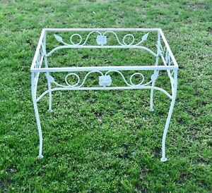 Vintage Woodard Chantilly Rose Mid Century Wrought Iron Patio End Table