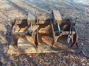 Bobcat 66 Flat Bottom Universal Dual Cylinder Grapple Bucket