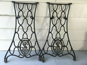 Antique 1910 Singer Treadle Sewing Machine Cabinet Cast Iron Base Legs