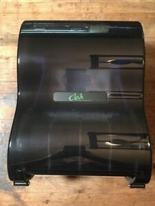 Clea no Touch Hand Towel Dispenser 8 Free Shipping