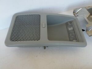 2003 2008 Honda Element Overhead Console Compartment Dome Light With Mount Oem