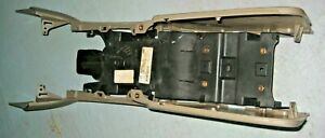 04 Explorer Mountaineer Center Console Side Pieces And Rear Ac Vent Bracket