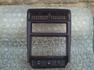 99 04 Ford Mustang Dash Radio Heater Control Assembly Vents Panel Bezel Oem