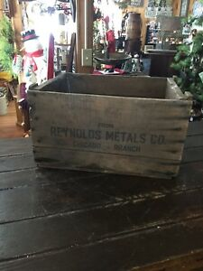 Antuque Reynolds Metals Company Chicago Branch Il Wooden Shipping Crate