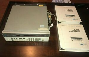 Hp 8656b Synthesized Signal Generator 0 1 990 Mhz With Both Manuals