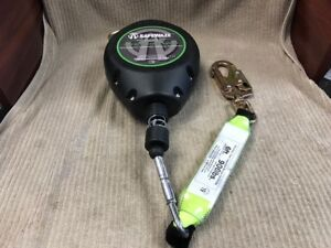 Safewaze Self Retracting Lanyard Fs fsp9030 30 Ft Leading Edge Cable Ships Free