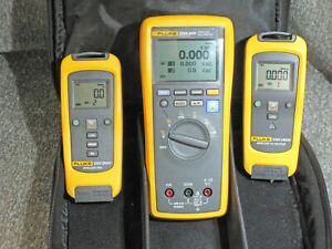Fluke Cnx 3000 Wireless Multimeter Kit With Cnx I3000 Cnx V3000