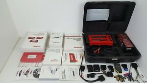 Large Lot Snap On Mt2500 Diagnostic Scanner W Cartridges Keys Manuals And More