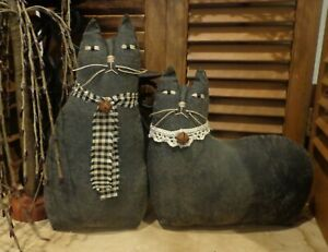Pair Of Primitive Black Cats Cupboard Tucks Doll Basket Fillers Vintage Lace