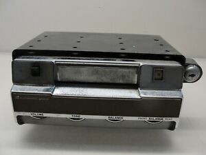 Vintage Automatic 8 Track Car Radio Tape Player Model Ges 8111 A