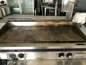 Wolf 48 Natural Gas Heavy Duty Griddle Flat Top Thermostatic Grill 4
