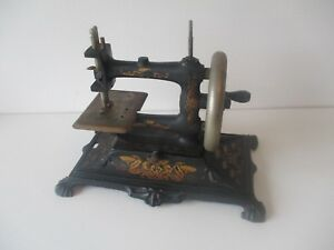 Antique Muller No 12 Toy Sewing Machine Art Nouveau Decal
