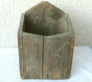 10x7 Lovely Antique Primitive Wooden Treen Hanging Wall Box Old Brown Paint