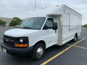2013 Chevrolet 4500 custom Retail Concession Food Vendor sales Business Truck