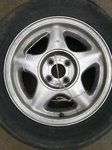 1979 1993 Mustang Pony Wheels W Center Caps