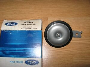Nos Ford Festiva E8bz 13832 A Horn And Bracket Assy Oem