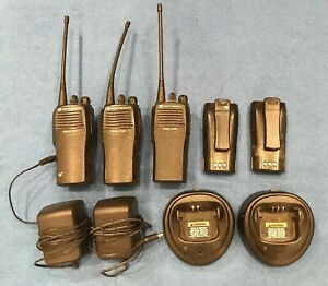 3 Motorola Cp200 Uhf 4 Radios With 2 Chargers And 2 Spare Batteries