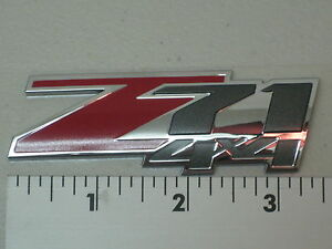 Chevrolet Tahoe Avalanche Suburban 00 04 Z71 4x4 Body Side Emblem Nameplate