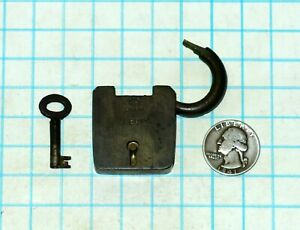 Vtg Antique Old Small British All Brass Safety Lever Padlock Lock And Barrel Key
