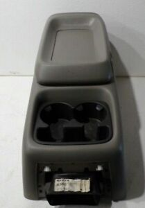 99 00 01 02 Silverado Sierra 1500 2500 Front Center Console Arm Rest Cup Holder