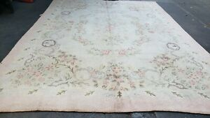 8 6 11 7 Vintage Hand Made Hooked Rug Aubusson Pattern Floral 1940s