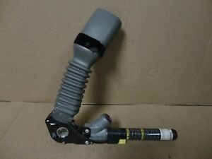 05 10 Jeep Grand Cherokee Driver Side Left Seat Belt Buckle Clip Female End