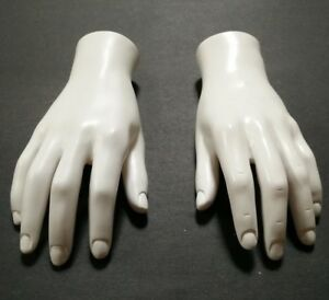 Mn handsm wf Pair Of White Left Right Male Mannequin Hand Displays