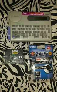 Brother P touch Electronic Label Maker Printer Model Pt 25 2 New Label Carts