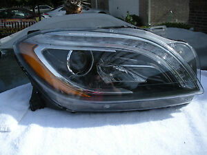 Mercedes 166 Ml Ml450 Ml550 Xenon Led Headlight 2013 2014 Oem Nice Please View